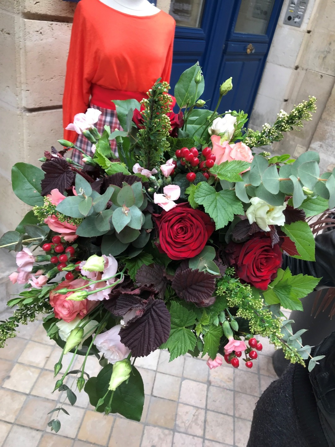 Bouquet de roses Bordeaux
